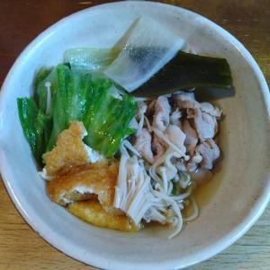 レタスとお揚げと豚肉のめんつゆ煮