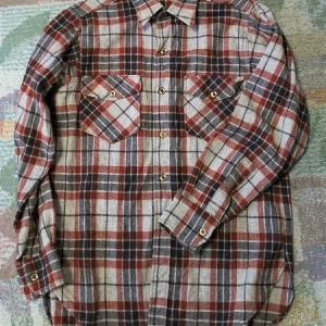 【白タグ】Woolrichの定番シャツ