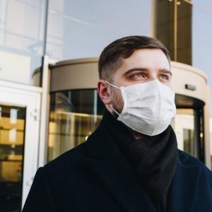 毎日のようにニュースで聞く「感染者」「感染者数」は英語で何て言う?
