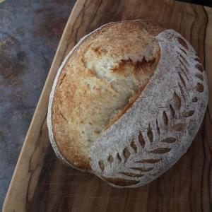 ●廃棄を減らすパン作り