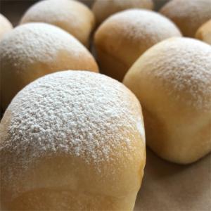 ●カラメルクリームパン