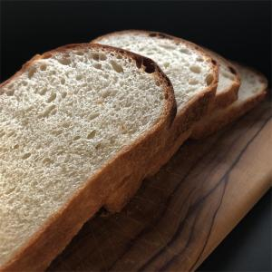 ●巨峰酵母の食パン