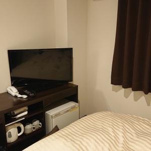旅行先、出張先のホテルで映画を楽しむならファイヤーTVスティック一択!