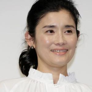 「石田ひかり」ホルモン剤投与の開始を報告