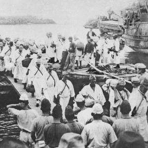 """「飢餓で人間の理性は消え、動物そのものに」太平洋の孤島に1年以上置き去り…日本兵5000人死亡の""""悲劇の島""""生き残りの告白"""