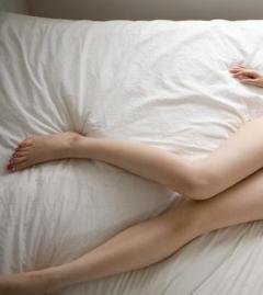 【27歳女性教師】 売春で2回逮捕で懲戒免職 『新宿の繁華街で客待ち』
