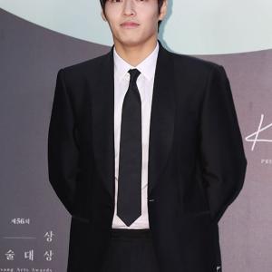 【韓国の記事】カン・ハヌル ユーチューバーに変身 映画「ストリーミング」主人公にキャスティング