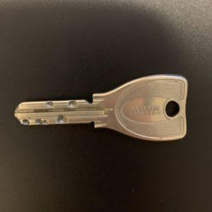 合鍵を作成したい