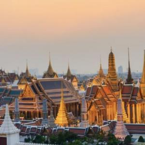 (17) タイ、バンコク、トゥクトゥク物語【旅を彩る思い出の華】