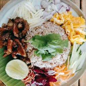 【京都 出町柳 Kroon】タイ人シェフが作る「カオクルックガピ」を食べたら、本場タイの味だった。