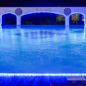 個性的な空間でユルエクササイズ、冬の室内プール&ジム。沖縄スパリゾートEXES [宿泊記]