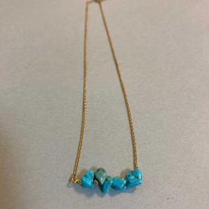 【ハンドメイド】トルコ石のショートネックレスを作ってみた