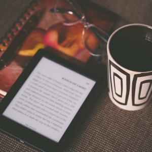 社会人が「Kindle Unlimited」を利用するべき3つの理由【自己投資】