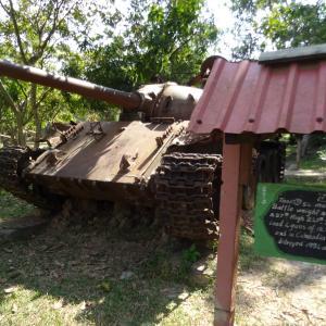 戦車の大行列!?カンボジア戦争博物館に行ってみた