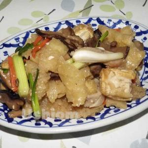 《タイの食材》豆腐と沢庵