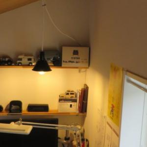 屋根裏感が出てグッと雰囲気が上がるペンダントライトをDIY【2.7㎡LOFTLIFE 1.5畳のロフト暮らし】