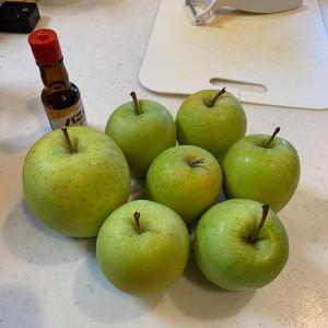 渋いリンゴを悪戦苦闘してアップルパイにしてみた