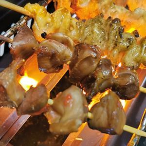 家庭用焼き鳥器といえば、やっぱりイワタニの「炙りや」が最高!