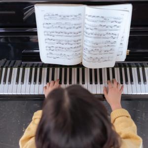 子どもがピアノを習い始めてやめるまでのモラ夫の活躍