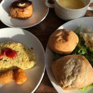 ポルトフィーノのオーシャンビューテラス席で朝食を【宮古島】