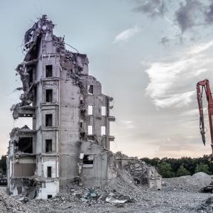 建物取壊し最有効使用として鑑定評価により相続税申告した貸家及びその敷地の評価方法が争われた事例(平成31年2月20日公表裁決事例)