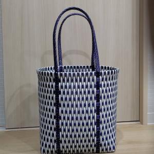 縦編みのバッグ(大きめ)