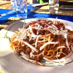 【モロッコ旅行】シャウエンの街が一望できるレストランでランチ