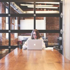 デジタル・マーケティングが学べるオンラインコースまとめ(デジタル修了証付きも♪)