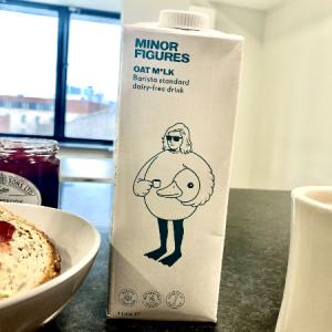 【イギリス/ロンドン】コーヒーに最適。MINOR FIGURES のオートミルク(Vegan)