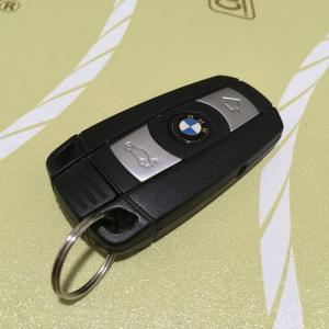 BMWスマートキー電池交換