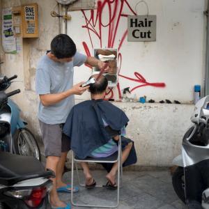 【ベトナム】バッサリ髪カットした結果…