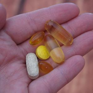 (忙しい人向け)健康維持におすすめのマルチビタミン&ミネラル(サプリ)について、大手3社の製品を比べてみました