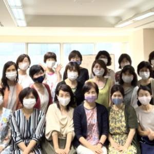 マスク美人の集合写真3〜関西