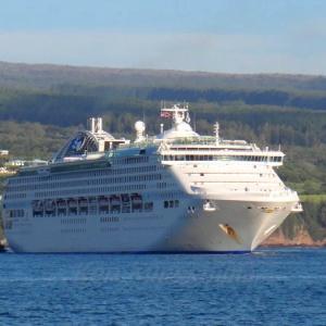 ハワイ島フォト日記 豪華客船が訪れる季節がやってきましたね