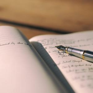 【怒りの真の原因】「べき思考」が持つ4つの特徴 アンガーログとべきログを書いてみよう