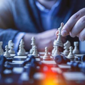 ビジネスパーソンがチェスから学ぶべき5つのポイント 現代の戦略家への道