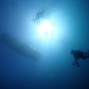 ダイビングの安全停止で浮く場合の対策【これで完璧】