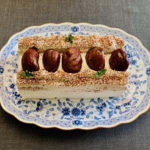 栗と芥子の実のケーキ
