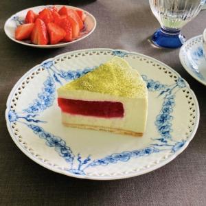 苺と抹茶のチーズケーキ