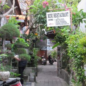 バリ島クタ 最安でビールが飲めるレストラン