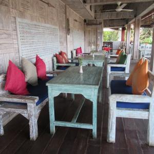 バリ島 ウブドのカフェ:Warung Ting Ting