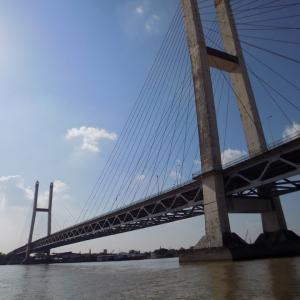ヤンゴン水上バスで市内へ向かった景色