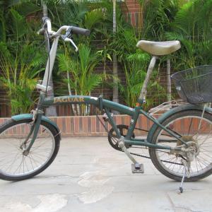 シェムリアップ コロナ滞在長期化で自転車購入