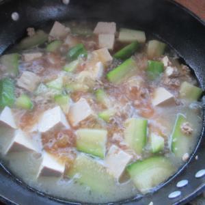 シェムリアップ 冬瓜のそぼろ煮ごゆるり自炊