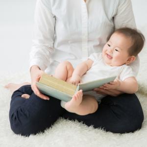 童話館の配本について元会員が本音トーク!本棚に良書が増える?【子供に読み聞かせをしよう】