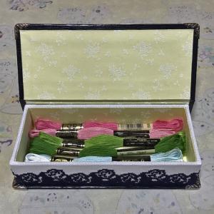 刺繍糸収納箱