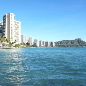 【ハワイコロナ情報】観光産業再開の兆しも空港関係者が大量解雇へ