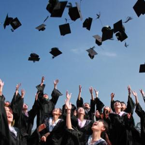 オンライン大学で学位を無料で取得 | University of Peopleの魅力