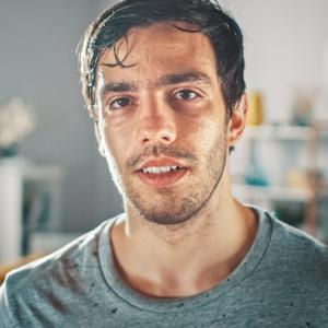 男性のいちご鼻を改善する方法と間違ったスキンケア方法