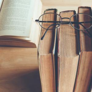 読書で教養を高める『おすすめ本(古典)10選』【初心者向け】